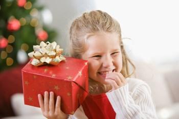 Zu viel des Guten: Kinder in der Geschenkeflut