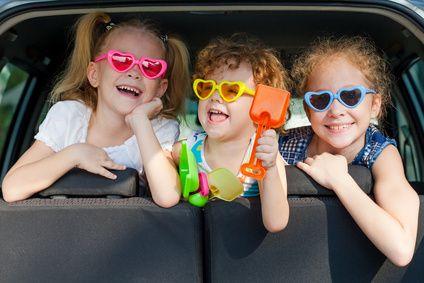 ADAC Autotest: Sicherer Fahrkomfort mit drei Kindern