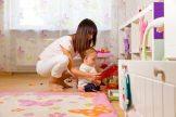 Absicherung im Schadensfall: Auch Babysitter brauchen einen Versicherungsschutz