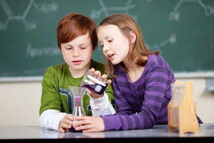 OLG Oldenburg zu Schulunfällen: Kein Schmerzensgeld im Schadensfall