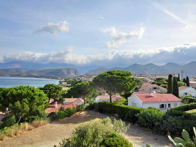 Blick auf Saint Florent auf Korsika
